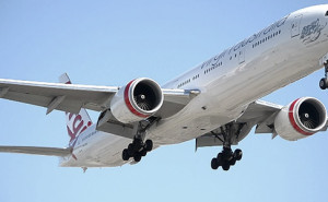 boeing-777-going-around